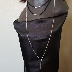 Jewelry - 3 tier fashion Necklace